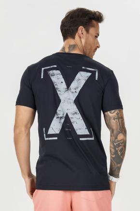02m0301 camiseta masc tinta estampada x preto 3